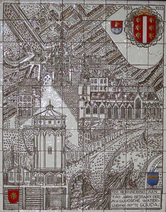 Goedewaagen, tegeltableau, 50 jaar Watermaatschappij Gouda, ontwerp Dick Kikkert, uitvoering in sgraffito-techniek met platina-nabrand door W.H. van Norden, 1933 (coll. Patrick en Nicky van Bekkum)