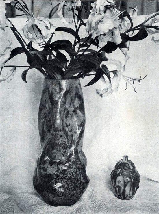 Bert-Nienhuis, Japonaiserie, theeceremonievaas, ca 1916, Hagen (Dld), Jaarboek VANK, 1919, fotopagina 27