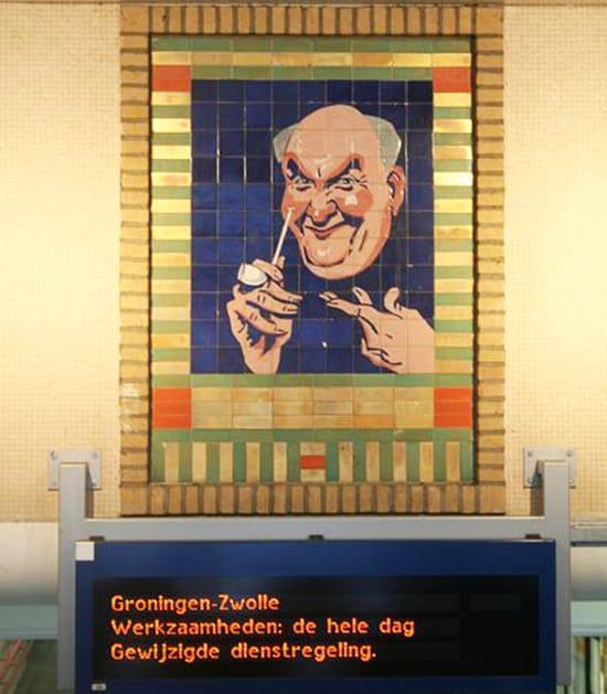 Tegeltableau van Willem van Norden, ca 1923, vanaf oktober 1984 in zuidhal NS Station van Gouda