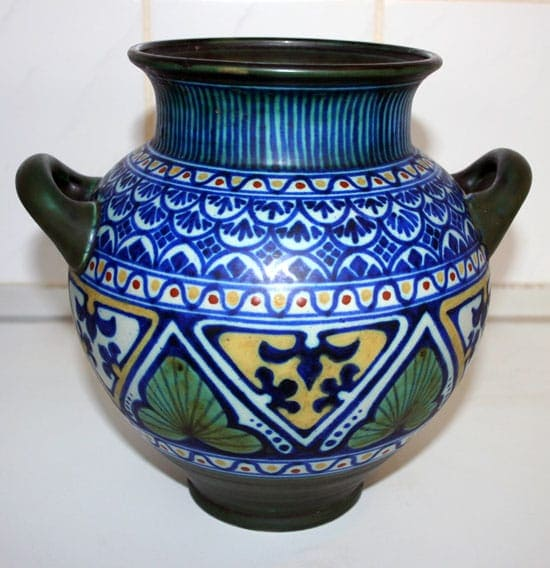 PZH Orenvaas Decor Matapan 1919 - Geschenk van mevr Vernes